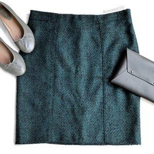 Banana Republic Textured Flannel Pencil Skirt